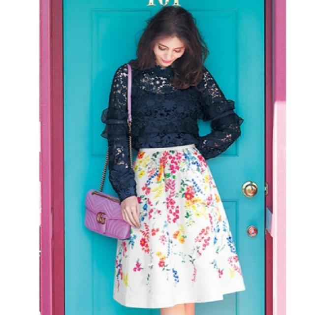 Chesty(チェスティ)のChesty♡ビジュー✨フラワースカート🌷サイズ1♡ホワイト♡ レディースのスカート(ひざ丈スカート)の商品写真