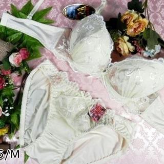 102★D75 M★美胸ブラ ショーツ Wパッド ローズ刺繍 クリーム(ブラ&ショーツセット)