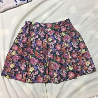 ローリーズファーム(LOWRYS FARM)のローリーズファーム スカート 花柄(ミニスカート)