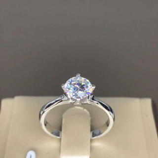 【0.8カラット】輝く モアサナイト ダイヤモンド リング(リング(指輪))