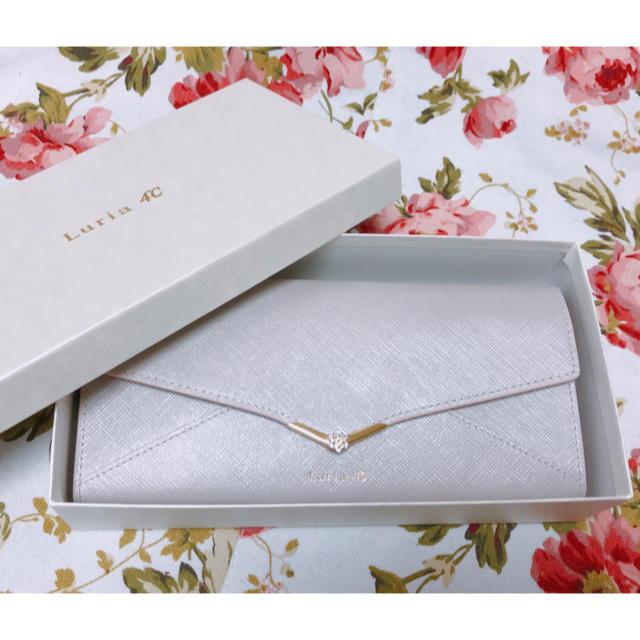 4℃(ヨンドシー)のルリア4℃  長財布 グレー 美品 レディースのファッション小物(財布)の商品写真