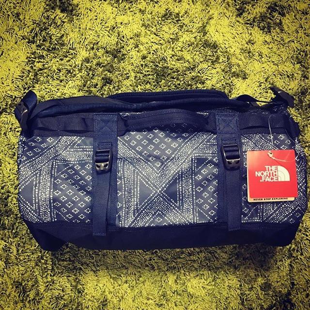 THE NORTH FACE(ザノースフェイス)の完売モデル ノースフェイス  ダッフル xs ペイズリー柄 メンズのバッグ(バッグパック/リュック)の商品写真