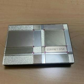 コフレドール(COFFRET D'OR)のコフレドールファンデーション ケース・パフ付 美品(ファンデーション)