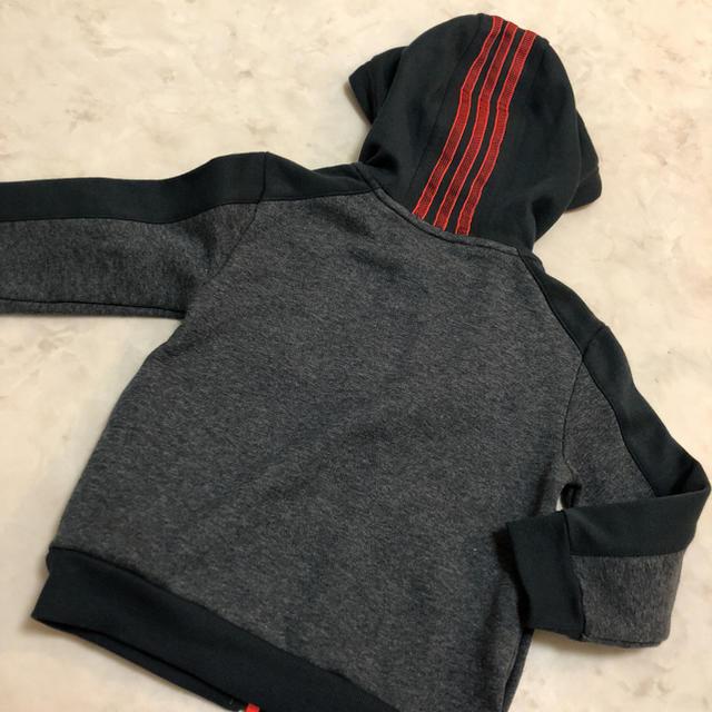 adidas(アディダス)のアディダス  パーカー キッズ/ベビー/マタニティのキッズ服 男の子用(90cm~)(ジャケット/上着)の商品写真