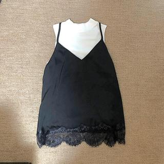 スライ(SLY)のリブハイネック❤️スカラップキャミソール(Tシャツ(半袖/袖なし))
