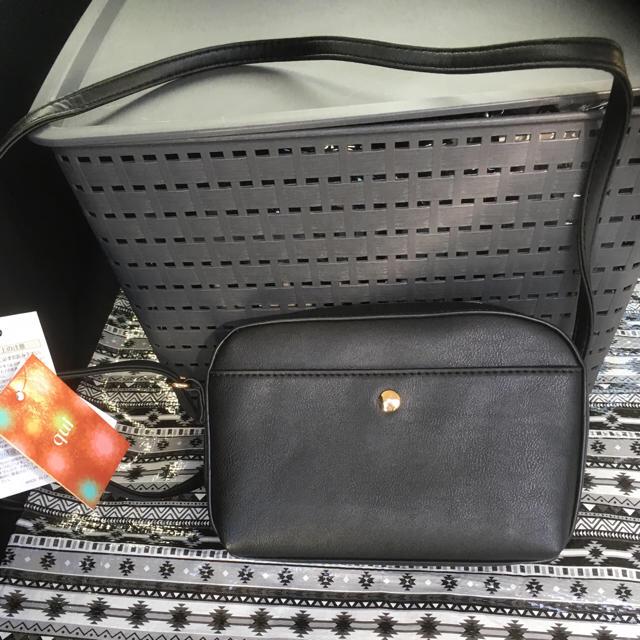 しまむら(シマムラ)のℛ♥様専用 新品しまむらミニショルダーバッグ黒・茶2点 メンズのバッグ(ショルダーバッグ)の商品写真
