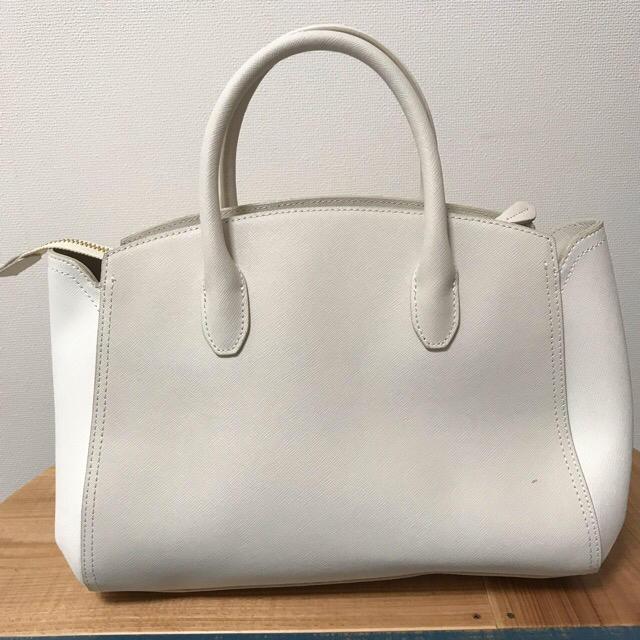 4℃(ヨンドシー)のLuria4°C ハンド&ショルダーバッグ レディースのバッグ(ハンドバッグ)の商品写真