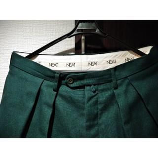 コモリ(COMOLI)のNEAT ホップサック ワイド スラックス 48 グリーン パンツ ニート(スラックス)