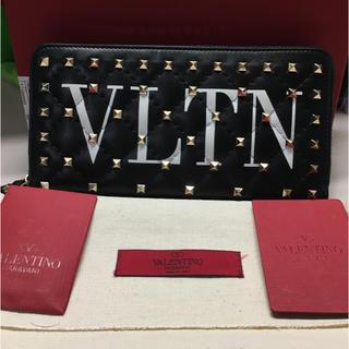 ヴァレンティノガラヴァーニ(valentino garavani)のVLTN ヴァレンティノ財布(財布)
