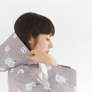 ミナペルホネン(mina perhonen)の美品 ミナペルホネン hana hane レインコート・38サイズ(レインコート)
