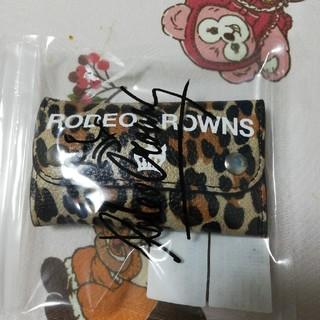 ロデオクラウンズワイドボウル(RODEO CROWNS WIDE BOWL)のRCWB  ヒョウ柄キーケース未使用(キーケース)