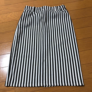 リップサービス(LIP SERVICE)のタイトスカート(ひざ丈スカート)