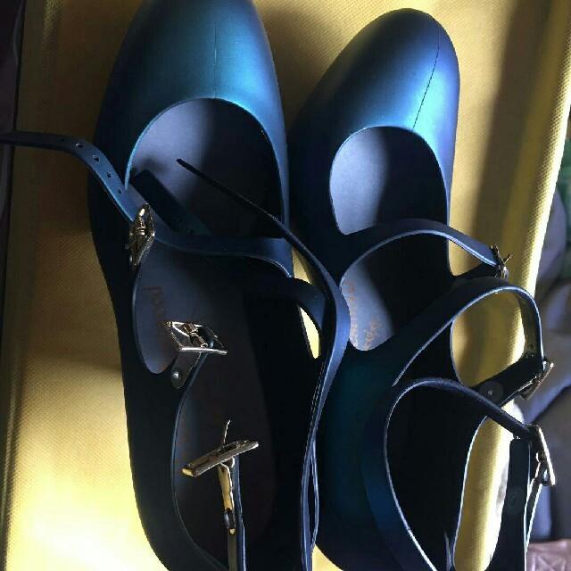 Vivienne Westwood(ヴィヴィアンウエストウッド)のヴィヴィアンラバーパンプス レディースの靴/シューズ(ハイヒール/パンプス)の商品写真