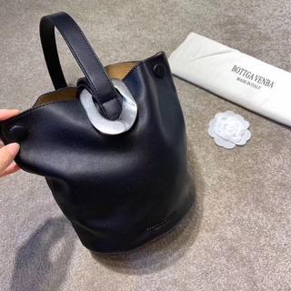 Bottega Veneta - 新品drop bagボッテガヴェネタ 黒