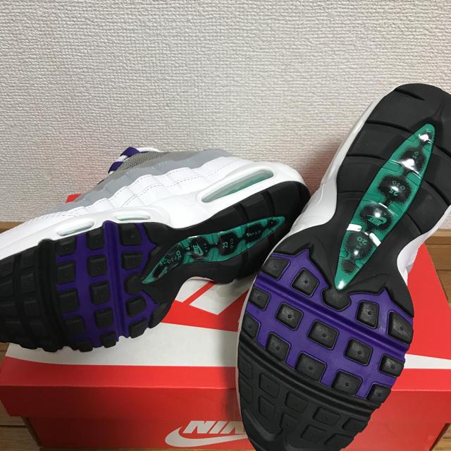 NIKE(ナイキ)のこんちゃんさま専用です。 ナイキエアマックス95グレープ レディースの靴/シューズ(スニーカー)の商品写真
