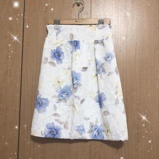 ノエラ(Noela)のNoela(ノエラ) レースボンディングタックタイトスカート(ひざ丈スカート)