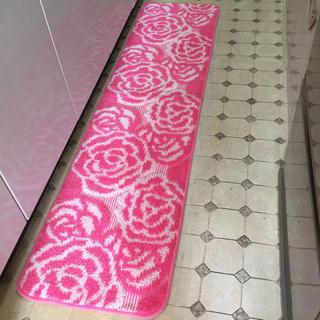 【日本製】45x180cm綺麗なピンク系薔薇のキッチンマット ローズ マット/B