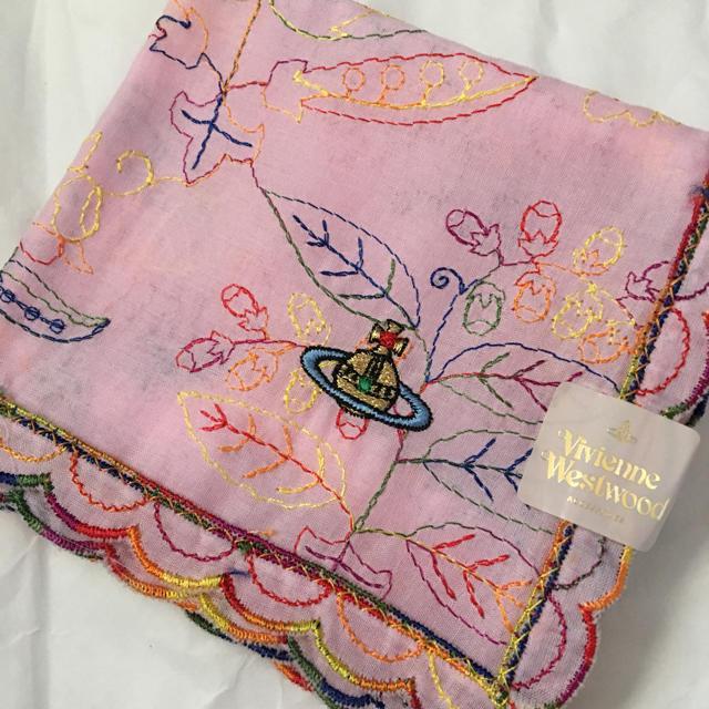 Vivienne Westwood(ヴィヴィアンウエストウッド)のヴィヴィアン 刺繍 ハンカチ 新品 レディースのファッション小物(ハンカチ)の商品写真