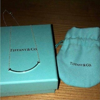Tiffany & Co. - ティファニー スマイル ネックレス T Smile