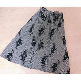 しまむら - しまむら 花柄 チェック リボン スカート ♡