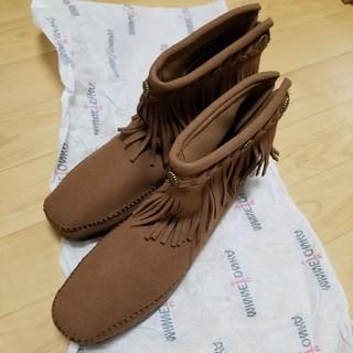 ミネトンカ(Minnetonka)のミネトンカ×earth バッグジップブーツ 25cm(ブーツ)