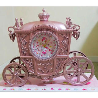 ハローキティ(ハローキティ)の♡ハローキティ プレミアムゴージャス馬車型クロック 置時計♡お姫様(置時計)