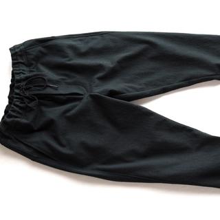 COMOLI - 山内のニットパンツ 黒