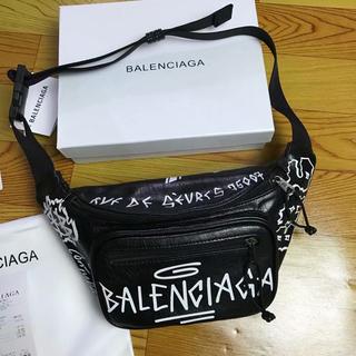 バレンシアガ(Balenciaga)の本日限定 バレンシアガ  ショルダーバッグ(ボディバッグ/ウエストポーチ)