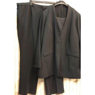 新品☆46号8L10L♪ブラックフォーマルパンツスーツ3点セット♪喪服☆s753(礼服/喪服)