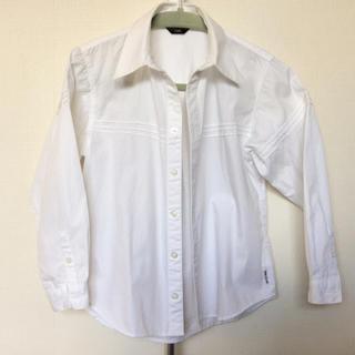 コムサイズム(COMME CA ISM)の白シャツ サイズ120A(ブラウス)