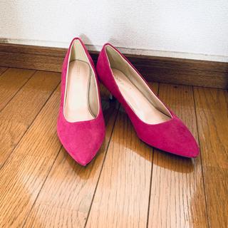 イーボル(EVOL)の新品未使用 pure soeur ピンク紫のパンプス(ハイヒール/パンプス)