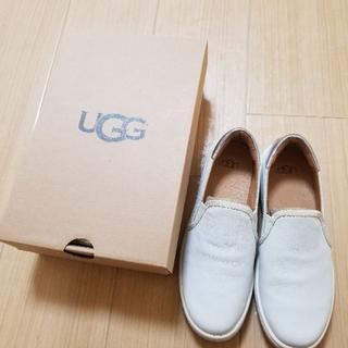 UGG(スリッポン/モカシン)