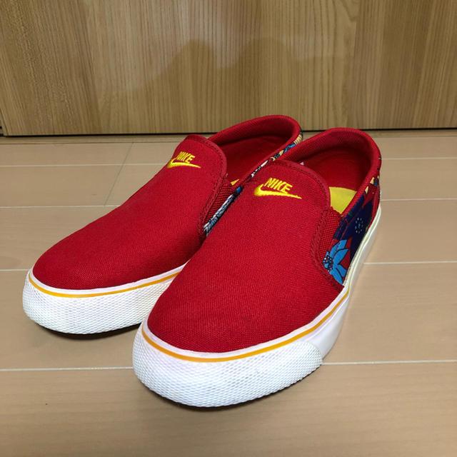 NIKE(ナイキ)の値下げ nike toki slipon 24.5cm ナイキ スリッポン  レディースの靴/シューズ(スニーカー)の商品写真