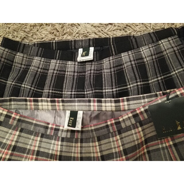 EASTBOY(イーストボーイ)のイーストボーイスカート 2枚組 レディースのスカート(ひざ丈スカート)の商品写真
