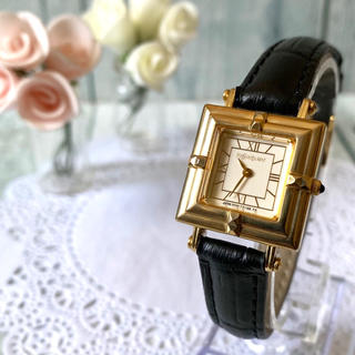 Saint Laurent - 【美品】Yves Saint Laurent 腕時計 ゴールド スクエア 金