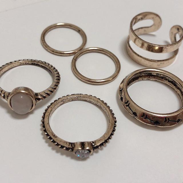 Kastane(カスタネ)のKASTANE 重ね付け 5連リングセット レディースのアクセサリー(リング(指輪))の商品写真