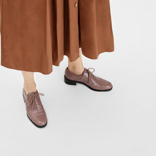 チャールズアンドキース(Charles and Keith)のグリッターパネルオックスフォードシューズ(ローファー/革靴)