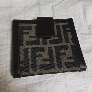 フェンディ(FENDI)のFENDI 二つ折り財布(財布)