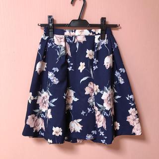 マーキュリーデュオ(MERCURYDUO)の♡ MERCURYDUO 花柄スカート ネイビー ♡(ミニスカート)