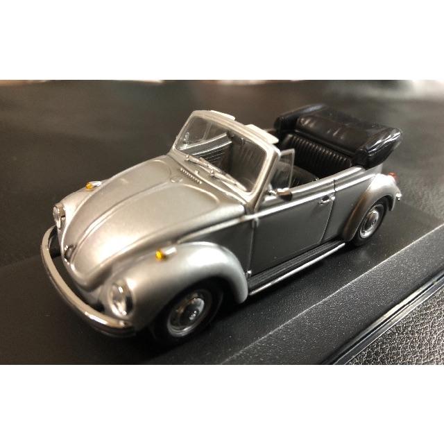 Volkswagen(フォルクスワーゲン)の美品 ヴィンテージ ビートル カブリオレ ミニチャンプス エンタメ/ホビーのおもちゃ/ぬいぐるみ(ミニカー)の商品写真
