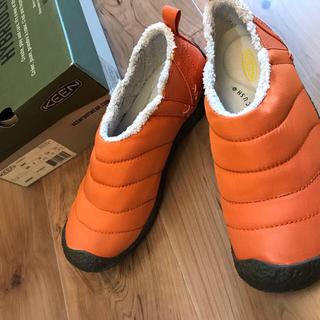 キーン(KEEN)の《新品・未使用》KEEN HOWSER オレンジ 24cm(スニーカー)