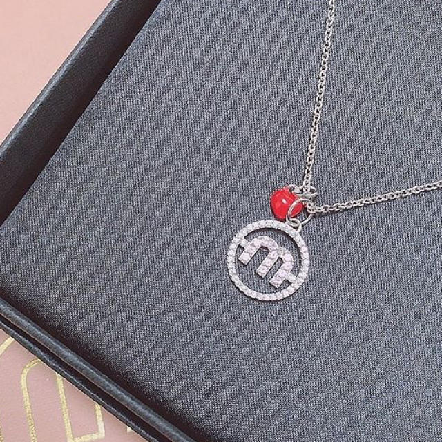 miumiu(ミュウミュウ)のmiu miu マイクロキャンディジュエルネックレス レディースのアクセサリー(ネックレス)の商品写真
