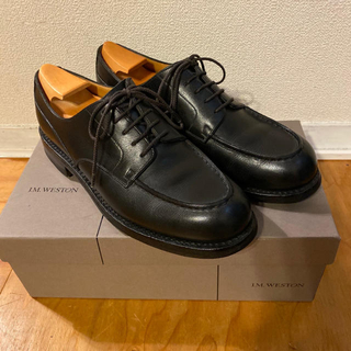 ジェーエムウエストン(J.M. WESTON)のJ.M WESTON GOLF ゴルフ 黒 ブラック 6C 純正シューツリー付き(ドレス/ビジネス)