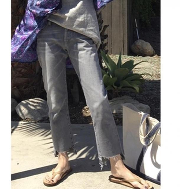L'Appartement DEUXIEME CLASSE(アパルトモンドゥーズィエムクラス)のアパルトモン Boy straight DENIM  レディースのパンツ(デニム/ジーンズ)の商品写真