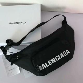 バレンシアガ(Balenciaga)のボディバック ウエストバッグ BALENCIAGA  (ボディバッグ/ウエストポーチ)
