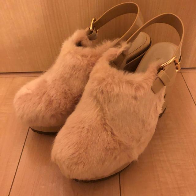 snidel(スナイデル)のスナイデル ファーサボ レディースの靴/シューズ(サンダル)の商品写真