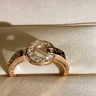 ブルガリ(BVLGARI)のBVLGARI 指輪(リング) クリスタル飾り レディース プレゼント(リング(指輪))