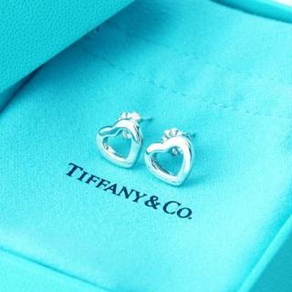 ティファニー(Tiffany & Co.)の☆新品☆未使用☆Tiffany&Co. ティファニー ハートリンクピアス(ピアス)