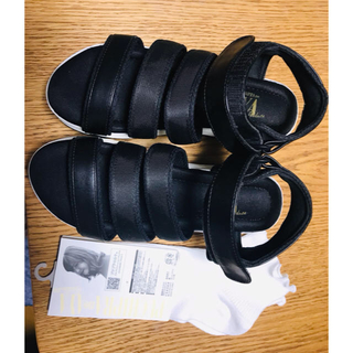 シマムラ(しまむら)のメロウ靴下付き!しまむら×プチプラのあや♡teva風黒サンダルプチ3ベルトSA(サンダル)