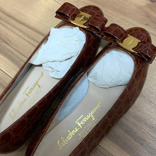 フェラガモ(Ferragamo)の FERRAGAMO 靴 25.5 cm 7 C パンプス(ハイヒール/パンプス)
